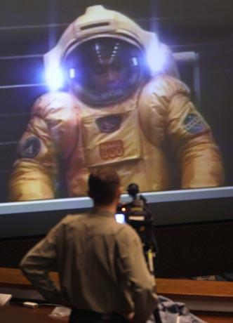 AP ©<br>Моделирование посадки на Марс в Центре управления полетами в Королеве